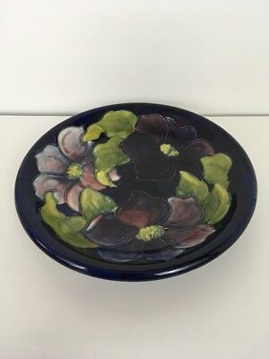 Moorcroft Art Pottery Cobalt Blue Clematis  8 3/4'' Round Plate Late Queen Mary