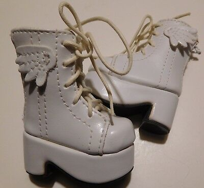 YOSD BJD Girl Doll Winged white platform boots - zip up the back