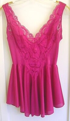 Vintage Fuscia Nylon OLGA Stretch Lace Bodice Baby Doll Nightgown Style #98080 L