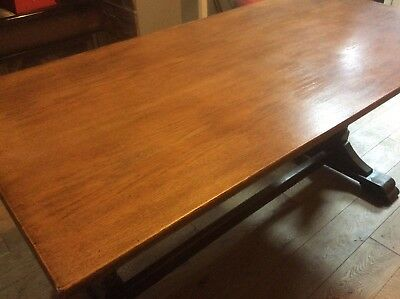 VINTAGE/ANTIQUE SOLID OAK REFECTORY TABLE with BEAUTIFUL CARVED LEGS