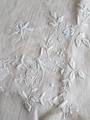 Antique Fine Chinese Linen Tablecloth Flowers & Insects Circa 1890/1910