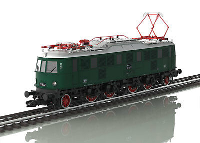 Märklin 55183 1 Gauge Electric Locomotive E 18 MFX Digital Sound for Kiss KM1