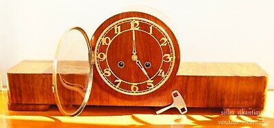 Horloge de buffet vintage. Horloge de table. Beau gong. Beautiful gentle gong!