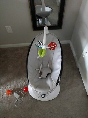 4moms Infant Fabric Swing RockaRoo with newborn insert. Local pickup only!
