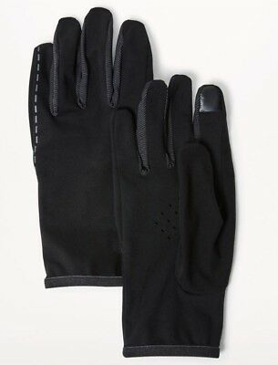 Lululemon For The Chill Run Gloves NWT SOLD OUT $32 Tech Friendly W/ Phone