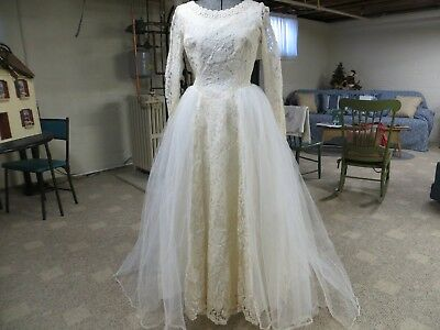 Vintage 1950's Ivory  Lace Tulle Satin Layer Wedding Gown