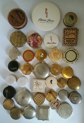 Vintage Lot of 35 Art Deco Powder Rouge Compact RARE BEAUTIFUL VARIETY OF 1920.