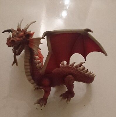 NEW SCHLEICH RED DRAGON World of Knights Mythical Figure - retired
