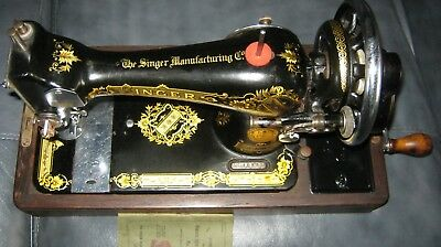 SINGER 28K Lovely condition All oiled up Free running Good case