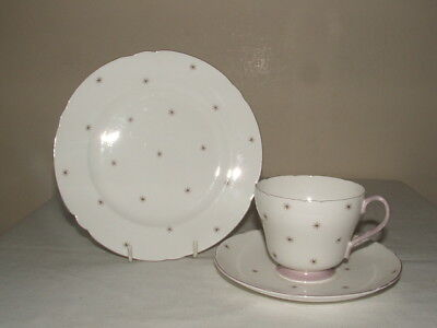 Shelley Art Deco Richmond Pole Star  Tea Trio Truly Stunning