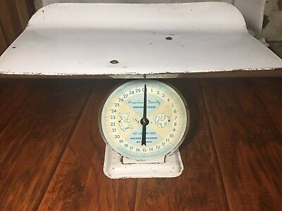Vintage American Family Nursery Scale w/Basket Infant Baby Photo Prop 30 Lb.