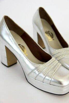 Stunning Vintage 1970s does 1940s Silver platforms heels All leather + Sparkles