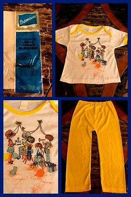 Vintage Girls Pajamas Yellow Short Sleeve Top Pants Graphics Thermal 1970s Sz 8