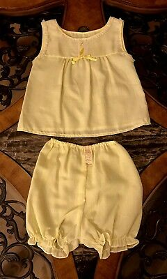 1970s NEW Vintage QUEENSBURY Girls 2 Piece Yellow Pajamas Bloomers Shorts Sz 8