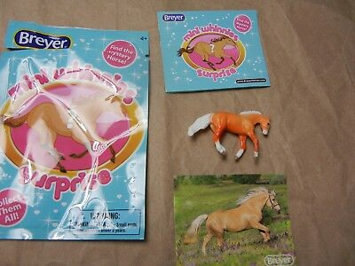 Breyer Mini Whinnies Surprise 97260 2018 Emmy Loping Stock Stallion Opened