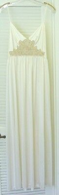 Vintage Ivory Nylon LILY OF FRANCE Nightgown Large Chest Applique Lower Back M