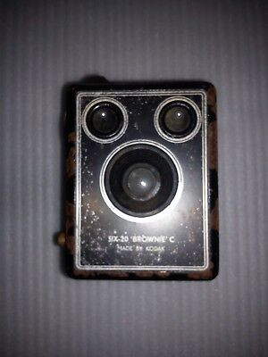 Vintage Kodak Six - 20 Brownie C Box Camera  Made By KODAK LTD. London