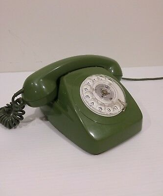 vintage GREEN phone. Radial dial. GREAT CONDITION