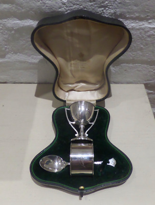 Beautiful Silver Boxed Christening Set Mappin & Webb Chester 1910 Eggcup