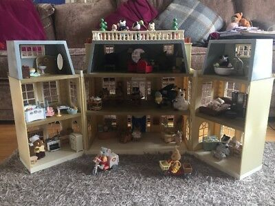 Sylvanian Families Grand Regency Hotel - fully furnished, many accessories.