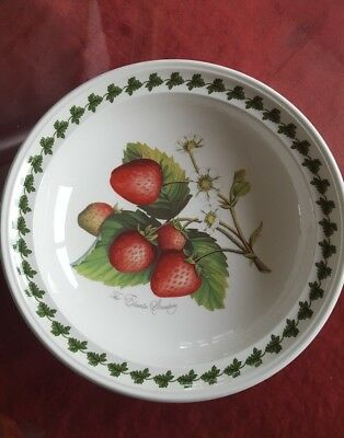 Portmeirion Strawberry Fair 'The Elsanta Strawberry' Bowl
