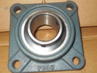 "AMI Bearing UCF209-28 Shaft 1-3/4""  4-BOLT FLANGE NEW"