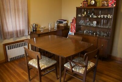 Vintage Full Dining set - Buffet - ChinAa Cabinet - Chairs