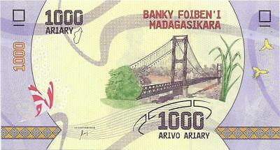 MADAGASCAR 1000 Ariary, UNC New Issue 2017, Polymer Design * Butterflies; Bridge