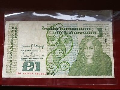 Central bank of Ireland 1 pound bank note 1985
