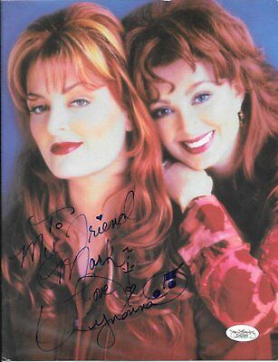Country Star Wynonna Judd autographed tour promo picture (8.5x11) with JSA COA