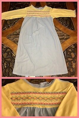1970s Girls Night Gown Long Sleeve Polyester Soft Stitching Lace VINTAGE Sz 6