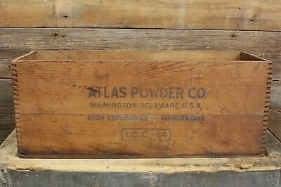 Vintage ATLAS POWDER Company HIGH EXPLOSIVES Dovetailed Wooden CRATE Petrogel