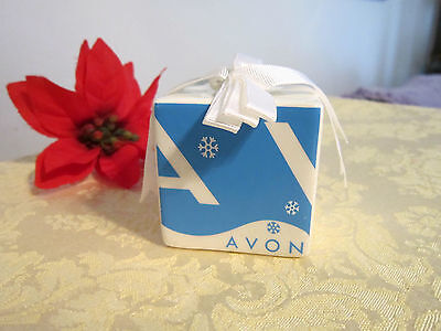 Avon 2005 Holiday Gift Box Hanging Ceramic Ornament-Blue & White