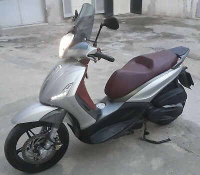 Beverly Sport Touring 350cc ABS 2017