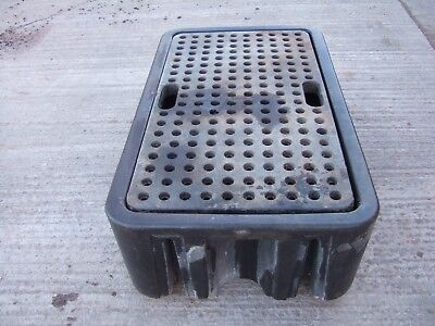 Bunded Oil/Chemical Spill containment tank - Fuel/oil storage tray