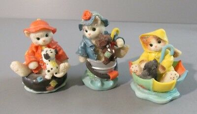 Set of 3 Calico Kittens Each Wearing a Raincoat Mini Figurines - 1997 - #296953