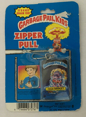 Vintage Rare 1985 Topps Garbage Pail Kids Key Chain Zipper Pull Frigid Bridget
