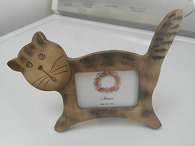Absolutely Adorable Kitty Cat Picture Frame - Hand-Painted Wood