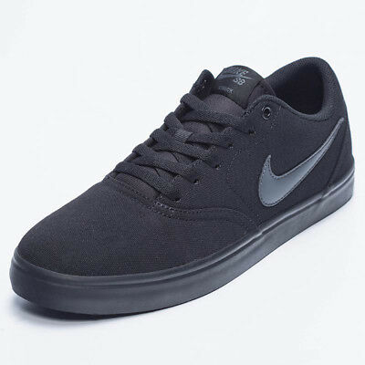 Nike Check Shoes in Black