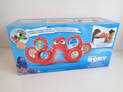 Disney Finding Dory - Surprise Squirt Hank - Changes Colour - New In Box