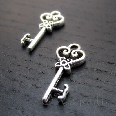 Key Charms - 21mm Antiqued Silver Plated Pendant C0790 - 20, 50 Or 100PCs