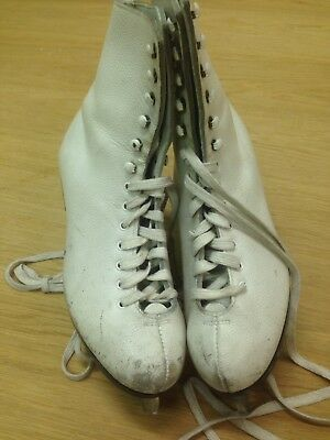 Valsport Classic Woman Ice Skates Italian Shoes Canadian Steel Blades Size 5/37