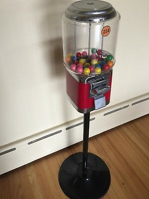 Commercial Gumball/Candy Vending Machine on Stand