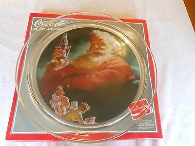 "Collectible Santa Claus GLASS Coca-Cola Platter - 13"" diameter"