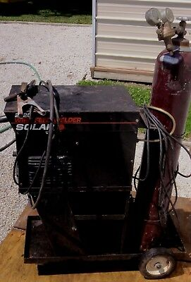 Solar 2120 Wire Feed Welder With Cart And Tank