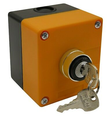 "On/Off Key Switch 22mm 7/8"" with 1-Hole Switch Box + Key"