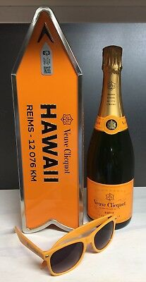 Veuve Clicquot Champagne Destination Arrow Tin Box HAWAII Journey Street Sign