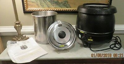 Buffalo Deluxe Soup and Food Kettle Warmer GE047 w/ removable liner & lid 9 Qrt