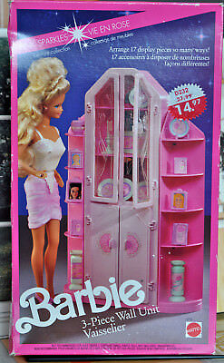 1991 BARBIE PINK SPARKLES 3-pieces WALL UNIT w/17 Accessories #4772 NRFB