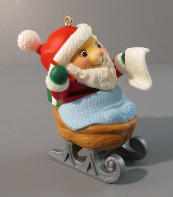 "1988 Avon ""Melvin P. Merrymouse"" Santa Mouse in Walnut Sleigh Ornament"